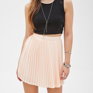 🚨 Forever 21 Blush Pink Accordion Pleated Skirt
